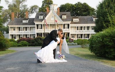 All Stretched Out Limo Weddings